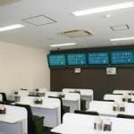 ミニボートピア長崎時津で負けた人が消費者金融を探す。